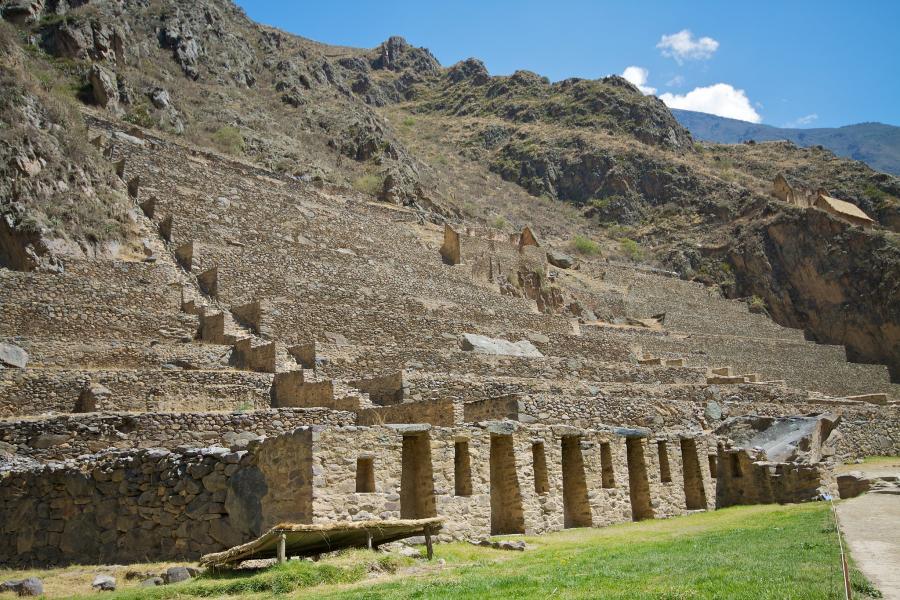 Ollantaytambo-Ruins-2359